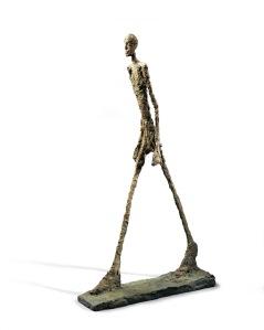 Alberto Giacometti, L'Homme qui marche, 1960, Bronze, Collection Fondation Marguerite et Aimé Maeght © Succession Alberto Giacometti (Fondation Alberto et Annette Giacometti, Paris + ADAGP, Paris) 2015
