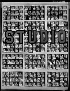 Walker Evans, Penny Picture Display, Savannah, Georgia 1936 Deichtorhallen Hamburg/Sammlung Falckenberg
