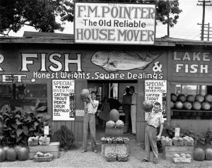 Walker Evans, Roadside Stand near Birmingham, Alabama 1936 Private Sammlung