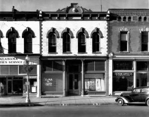 Walker Evans, Main Street Block, Selma, Alabama 1936 Museum of Modern Art, New York