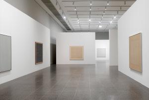 Installationsansicht im K20, Werke von Agnes Martin © 2015 Agnes Martin / Artists Rights Society (ARS), New York, VG Bild-Kunst, Bonn 2015 Foto: Achim Kukulies © Kunstsammlung NRW