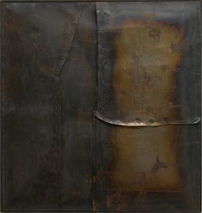 Alberto Burri, Grande ferro M 4 (Großes Eisen M 4), 1959, Geschweißtes Eisenblech auf Holzrahmen, 199,8 x 189,9 cm, Solomon R. Guggenheim Museum, New York 60.1572, © Fondazione Palazzo Albizzini Collezione Burri, Città di Castello/ VG Bild-Kunst, Bonn 2016 / SIAE, Rom
