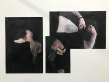 Lioba Schmidt, 'have you got any ink under your skin?', Buntstift, Kohle und Ölkreide auf Druck